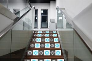DIY Fliesenfolie Treppe
