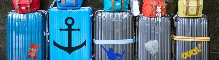 Koffer mit Klebefolie